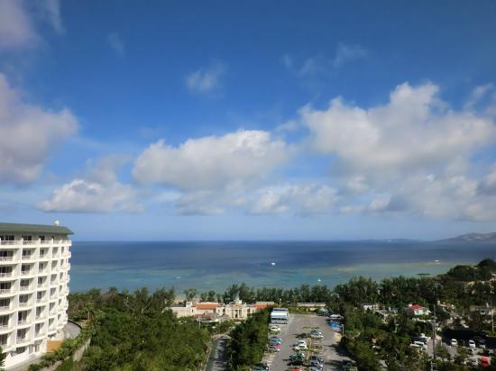 Okinawa Spa Resort EXES : 部屋からの眺め