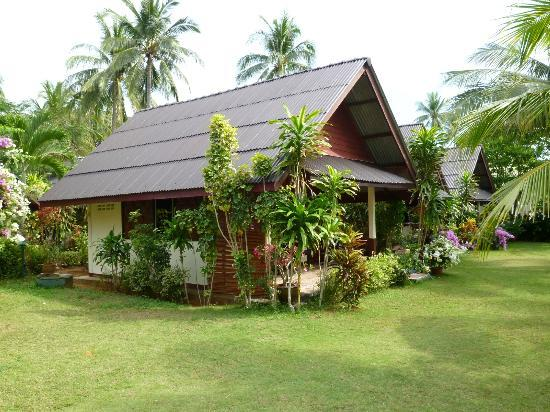 Trang Province, Thailandia: best hotel availablel on Sukorn Island - Sukorn beach bungalow