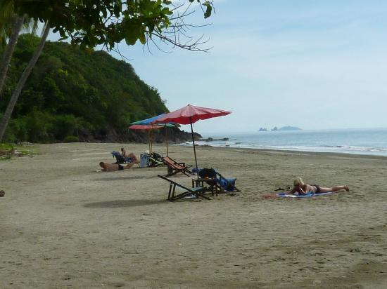 Koh Sukorn: Beach infront of Sukorn Beach bungalow