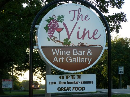 The Vine: sign outside