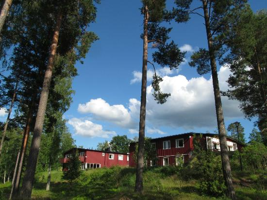 Bommersvik: Hotel building from the lake