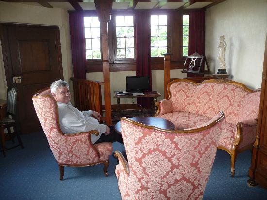 Koch's Villa: sitting room