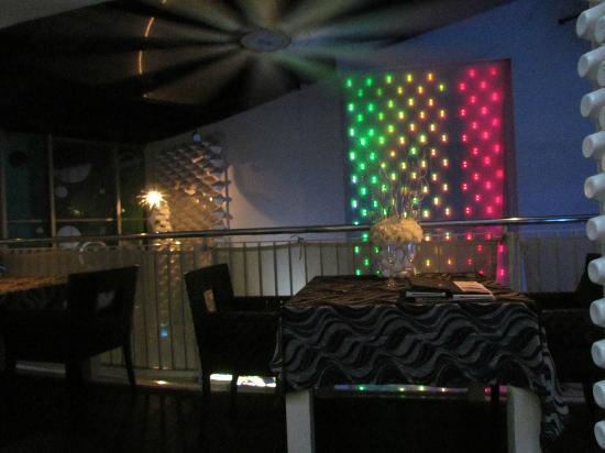 Ascott Kuala Lumpur : Restaurant Downstairs