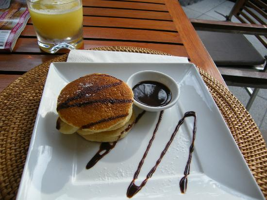 The Chava Resort: Chocolate pancakes!