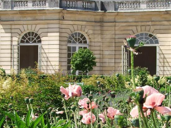 Pretty place picture of chateau of champs sur marne - Jardin a l anglaise ...