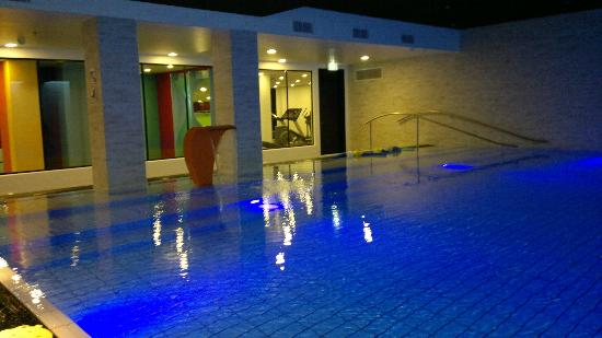 tivoli hotel pool