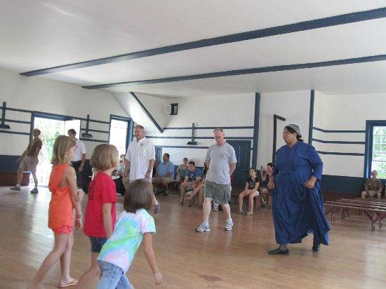 Shaker Village of Pleasant Hill: Shaker's dance