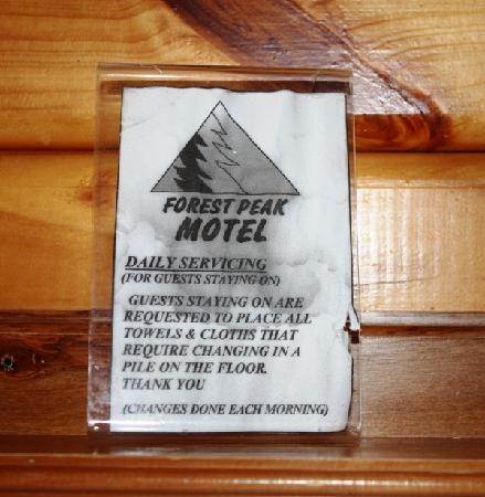 Forest Peak Motel: Water marked signs
