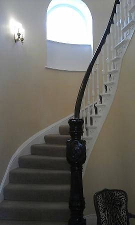 Admiral House: Stairs Leading up to Suite