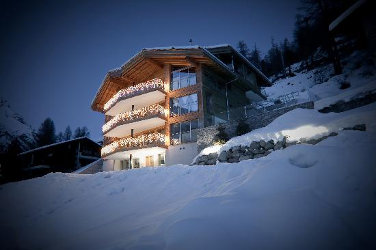 "Chalet Nepomuk zermatt ""winter time"""
