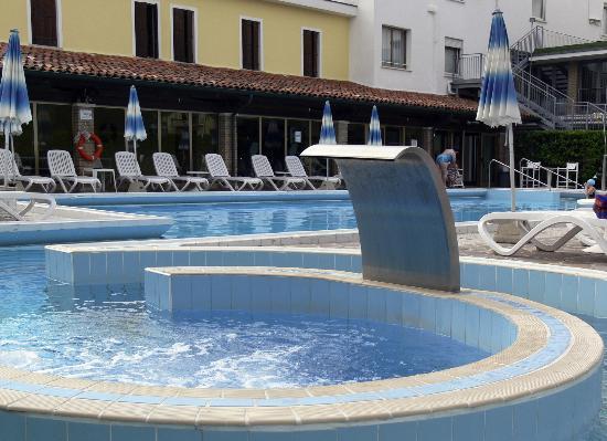Ingresso e armadio foto di hotel terme vena d 39 oro abano terme tripadvisor - Hotel mioni pezzato ingresso piscina ...