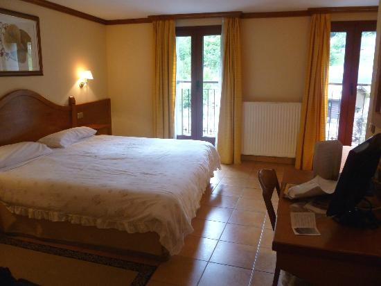 Hotel Montane: room, facing front