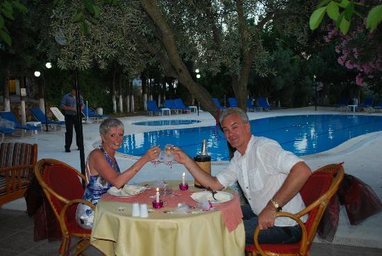 Gokcen Hotel & Apartments : Everything organised for birthdays/weddings