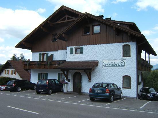 Dreimäderlhaus: Entrata dell' hotel