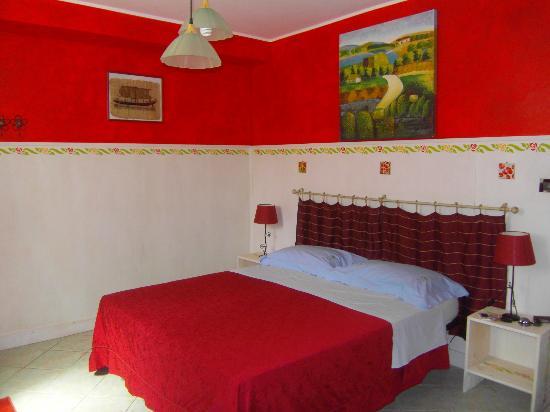 La colorata e profumata stanza picture of a casa di sonia sermoneta tripadvisor - Casa pulita e profumata ...