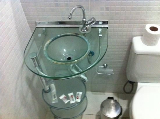 pia do banheiro  Foto de Al Hotel, Teresina  TripAdvisor -> Pia De Banheiro Plastica