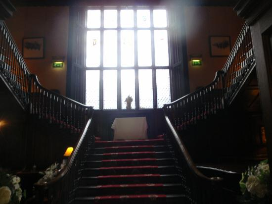 Kitley House Hotel: Beautiful Staircase