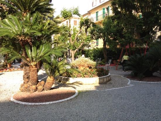 Hotel Genovese Villa Elena: giardino