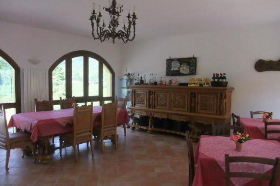 Il Gelso Country House : Restaurant innen