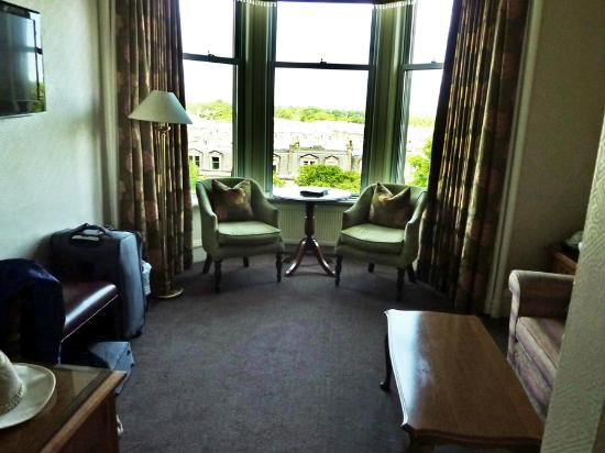 Channings Hotel: Sitting area of Junior Suite - Room 40