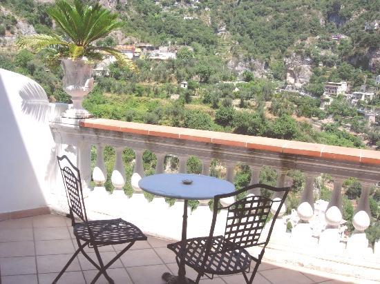 Villa Palumbo B&B: terrazzo camera 2