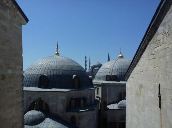 Blue Tuana Hotel: Mosques