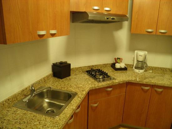 Marriott Executive Apartments Panama City, Finisterre: Kitchen