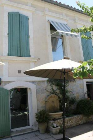 Chez Marie: L'esterno della maison
