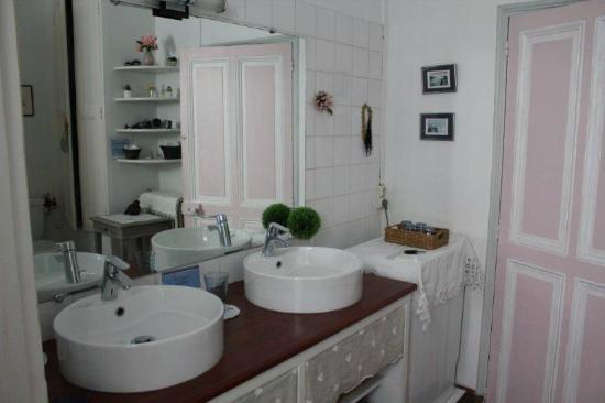Chez Marie: La stanza da bagno privata