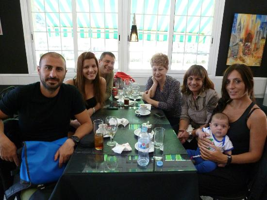 Sant Boi de Llobregat, Spain: Aunque no se vea la exquisita comida, pero nos la hicimos alli!