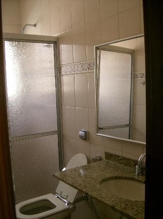 Presidente Hotel: Banheiro