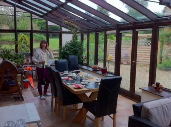 The Tithe Barn: Breakfast in the conservatory
