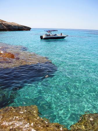Menorca en Barco : Aguas cristalinas / Crystal clear waters