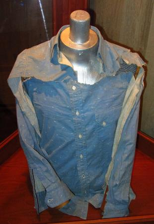 Whiskey Pete's Hotel & Casino: Clydes shirt he wore when he was killed