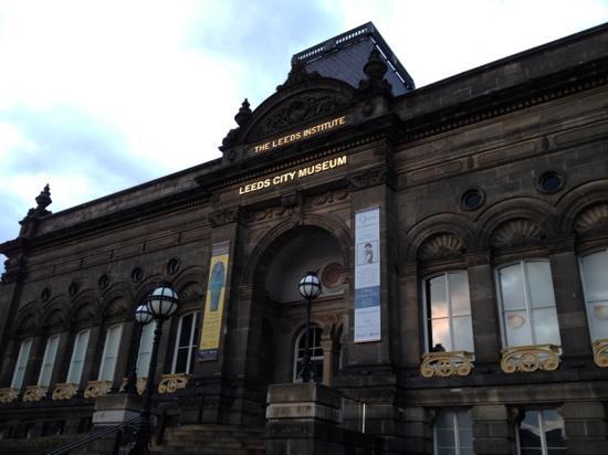 Leeds City Museum: Leeds museum