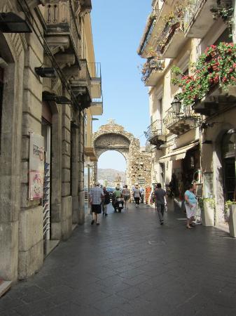 SLS Sicily Limousine Service: Taormina