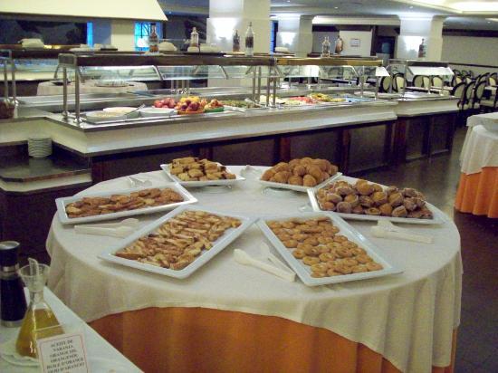 Zafiro Rey don Jaime: Lovely food selection