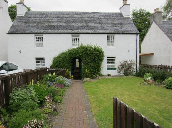 Greenlea Bed and Breakfast: Front View of Greenlea