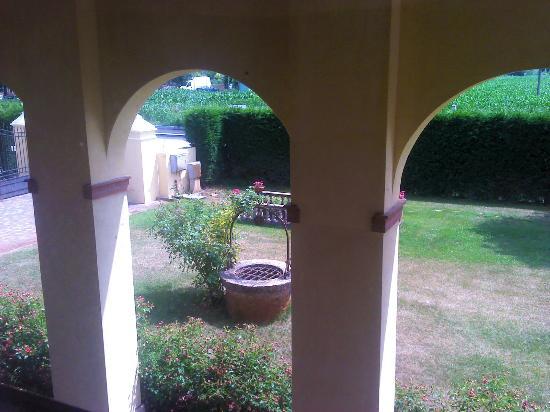 Venice Resort: vista del jardin desde nuestro dormitorio