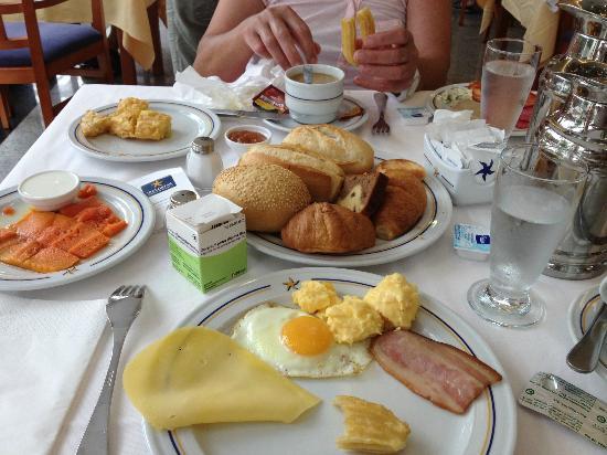 THe Mirador Papagayo: desayuno