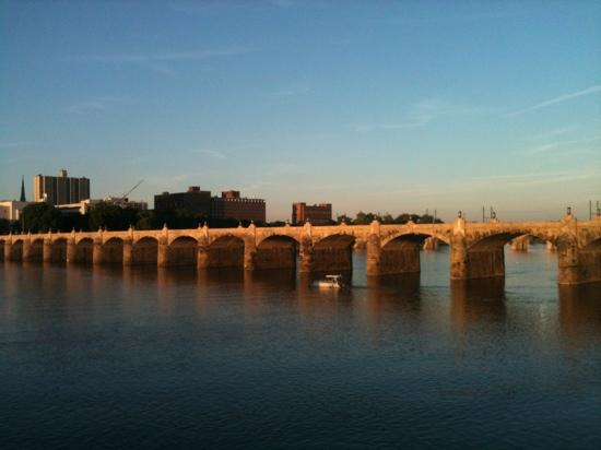 Harrisburg, PA: The park is adjacent to some beautiful bridges!