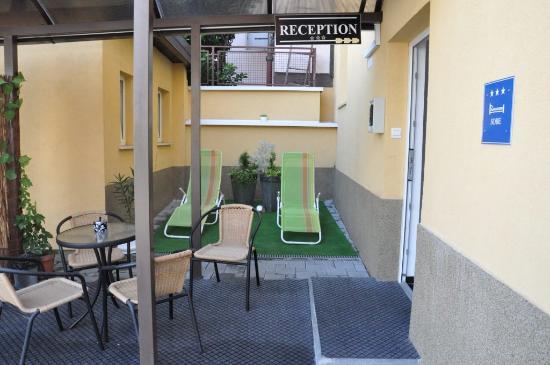 Villa Antunovac: Hotel outside