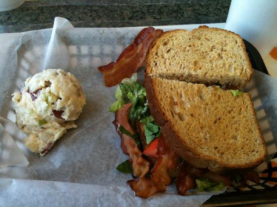 Liza's Kitchen: B.L.A.T Sandwich