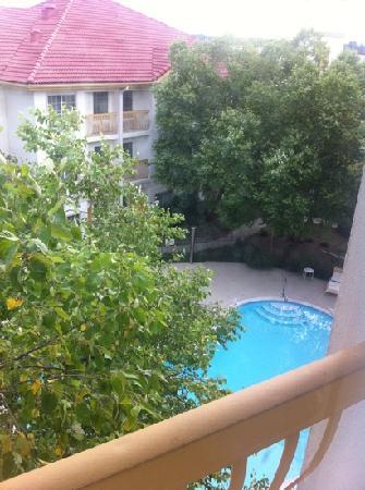 La Quinta Inn & Suites Raleigh International Airport : pool view from room