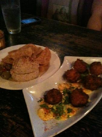 Mie N Yu : hummus plate and hush puppies