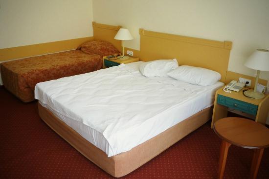 Kirman Sidera Luxury & Spa: room