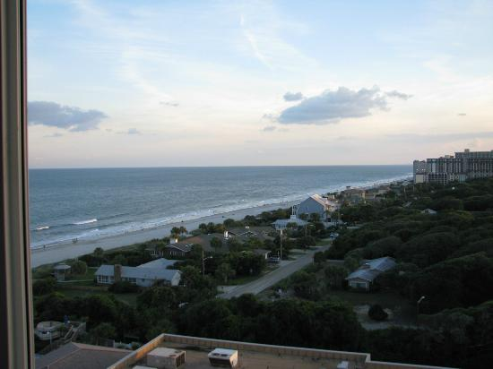 Myrtle Beach Marriott Resort & Spa at Grande Dunes: Here is our view from the 9th floor facing Southeast