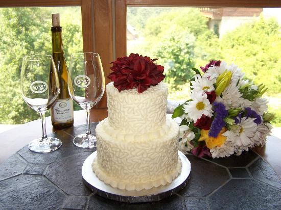 wedding cakes in pigeon forge tn wedding cake from cakes by bakin bishop picture of 24733