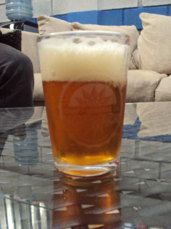 Cartago, Kostaryka: A nice glass of beer for tasting....