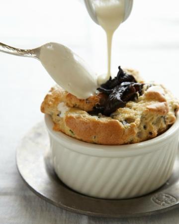 Hartstone Inn & Hideaway: Mushroom & Gruyere Souffle